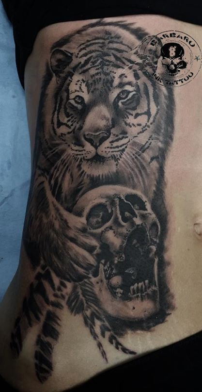 #tattoo #tattooist #tattooed #bestspaintattooartist #blackandgreytattoo #tigertattoo #skulltattoo #animaltattoo