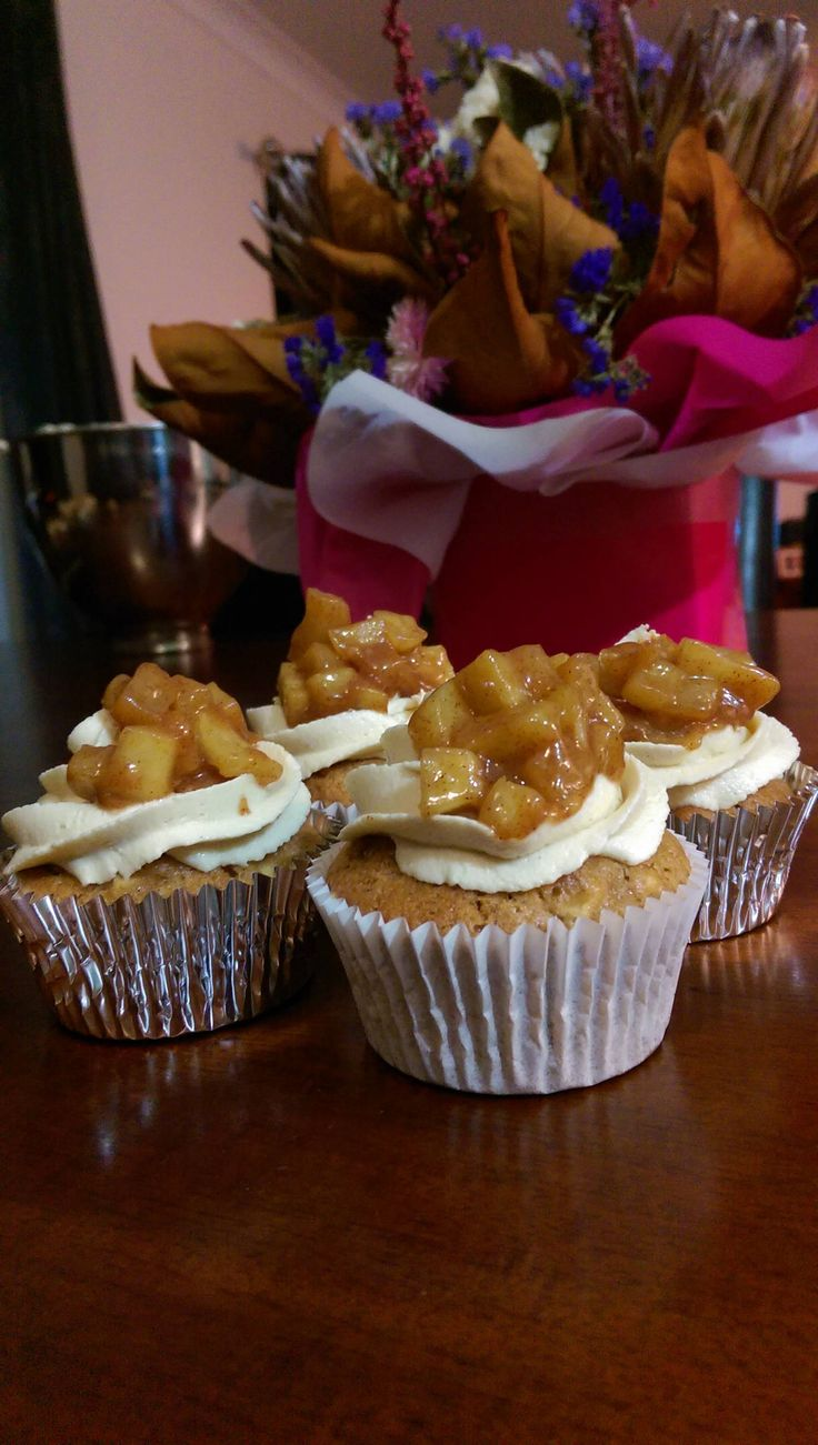 Apple and cinnamon cupcakes with brown sugar buttercream and caramelised apples!