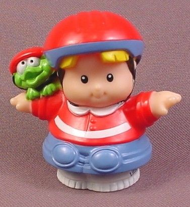 Fisher Price Little People 2001 Eddie Red Skateboard Helmet Red & White Shirt C6866