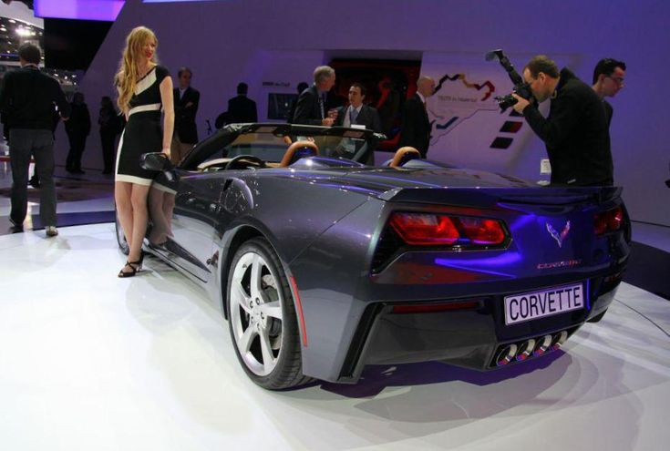 Corvette Stingray Coupe Chevrolet usa - http://autotras.com
