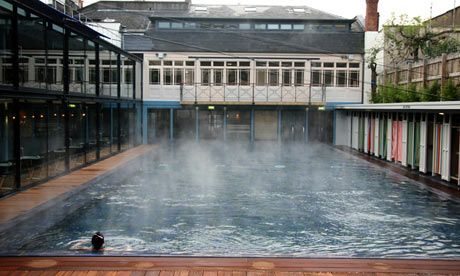 The most relaxing place in the middle of town - Bristol lido