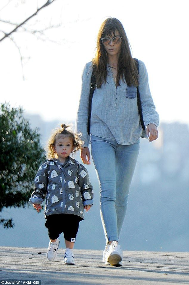 Adorable! Jessica Biel and son Silas were seen spending some quality time together in a park. April 17 2017. Looking like Carly Simon.