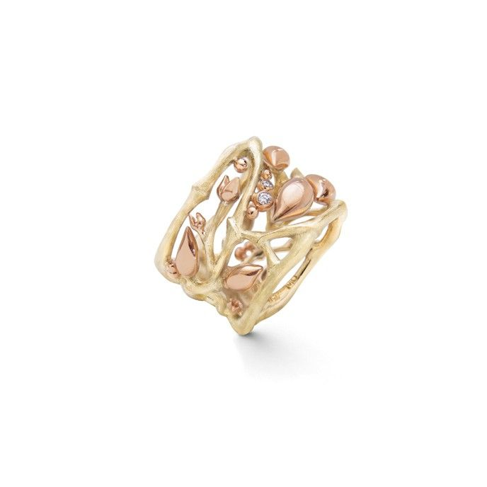 Golden Forest ring in 18K yellow gold and diamonds TW.VS | OLE LYNGGAARD COPENHAGEN