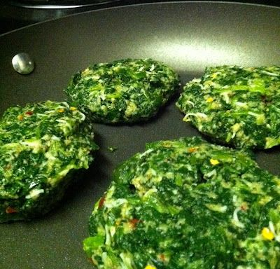 Spinach Burgers!!  Looks good for phase 3, change out bread crumbs for wasa cracker crumbs.