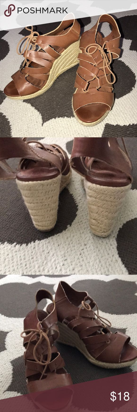 Brown espadrilles wedges SZ 7 Old Navy  camel/ brown faux leather wedges. Espadrilles style. Lightly used- only worn twice. No marks or fraying on the espadrilles weaving. Old Navy Shoes Wedges