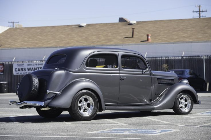 17 images about ford 1935 1936 on pinterest auction for 1935 ford 2 door sedan