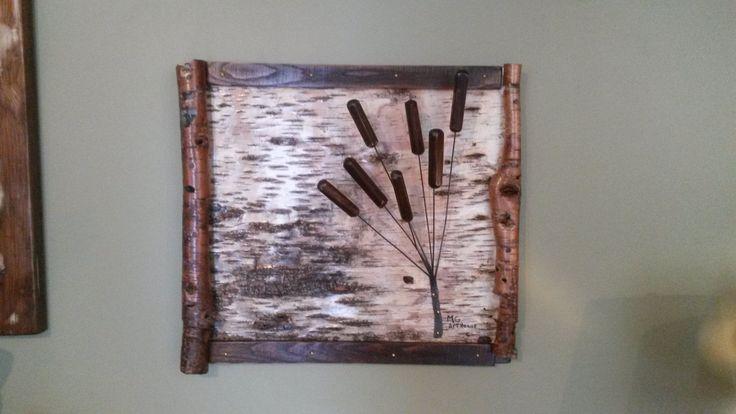 Ce tableau je l'ai fabriqué à partir d'écorce de bouleau auquel j'ai ajouté des quenouilles que j'ai fait de vieux bois recyclés. Voir plus sur Facebook.com/michel.gauthier.artrecup ou:   mgartrecup.wordpress.com