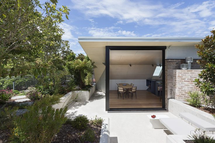 CO-AP architects design Darlinghurst rooftop garden and apartment oasis
