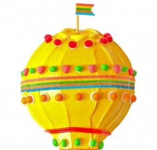 Galerie de gâteaux d'anniversaire uniques | Ce gâteau à la montgolfière ne manquera pas de plaire à …   – Cupcakes, Cakes, Desserts!