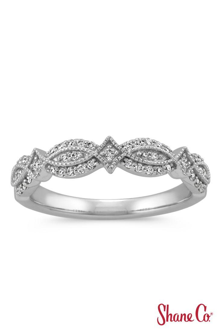 Vintage Round Diamond Wedding Band With Milgrain Detail