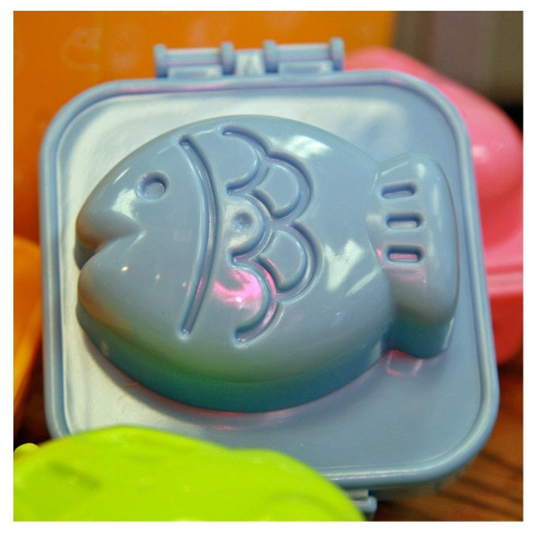 fish egg mold. i finally know where to buy it! :)