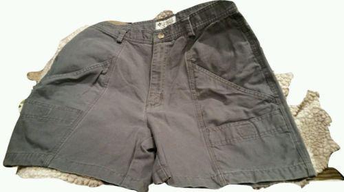 Columbia Sportswear Woman's gray Cargo Shorts 12W. 282