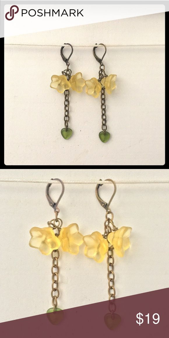 Selling this NEW ANTIQUE GOLD & YELLOW LUCITE FLOWER EARRINGS on Poshmark! My username is: adornedbyamie. #shopmycloset #poshmark #fashion #shopping #style #forsale #adorned by amie #Jewelry