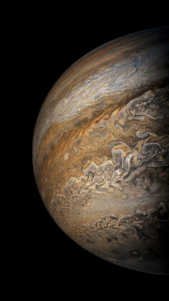 2017-09-07 18:02 UT. Perijove 8: Credit : NASA / SwRI / MSSS / Gerald Eichstädt / Seán Doran