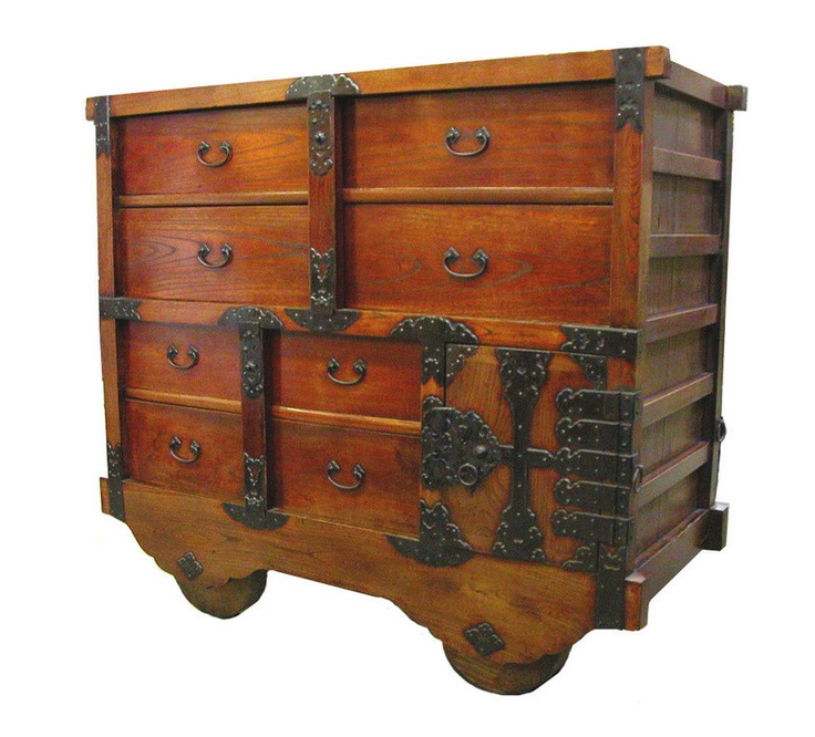 Attractive Tansu A Type Of Traditional Mobile Storage Cabinetry Indigenous To Japan.  Often Used When Traveling