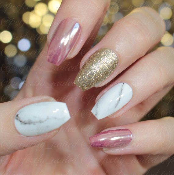 Rose chrome, gold glitter and marble gel nails • Handpainted False Nails • Fake Nails • Press on Nails • Stick on Nails