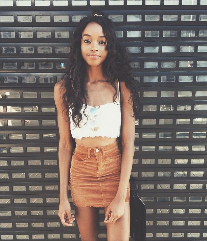 Ebony Babe Galerien