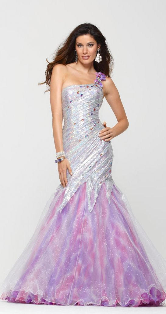 251 best Fancy dresses images on Pinterest | Party outfits, Prom ...