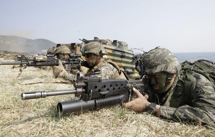 Οι ΗΠΑ στέλνουν πυροβόλα όπλα στη Νότια Κορέα μετά τις τελευταίες ακροβατικές επιθέσεις του Kim Jong-un
