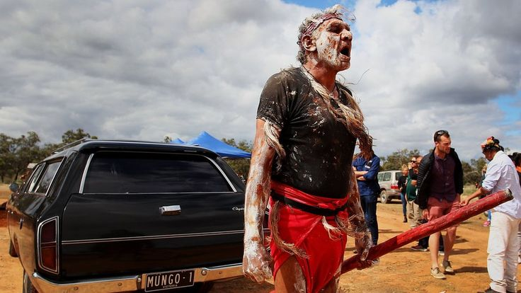 Australia's oldest human remains go home https://tmbw.news/australias-oldest-human-remains-go-home  For decades, Australia's oldest human remains - an Aboriginal man who died about 42,000 years ago - have been stored in a university and a museum.But on Friday, the skeleton known as Mungo Man was brought back to his traditional home in New South Wales and honoured with a ceremony.It marked the end of a long campaign by indigenous Australians to return Mungo Man to his original resting…