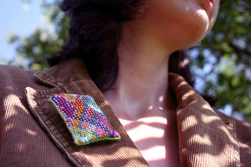 Brooch Klotylda V by Zauzleno, textile jewellery, macrame
