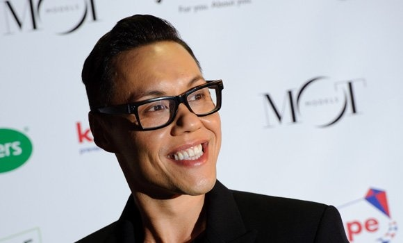 Strictly 2012 backstage gossip: Gok Wan gives Lisa underwear advice | Radio Times http://www.radiotimes.com/news/2012-10-31/strictly-2012-backstage-gossip-gok-wan-gives-lisa-underwear-advice