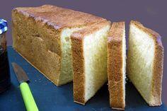 Voici une recette de pain de mie Thermomix moelleux et inratable, idéal pour les sandwichs, les croques monsieur, les tartines de pain
