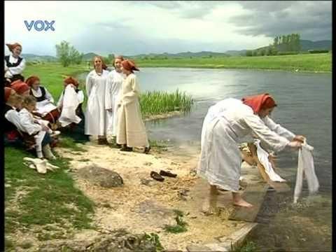 """KUU """"Gacka"""" Ličko Lešće - Djevojka je pošla u goru po vodu - YouTube"""
