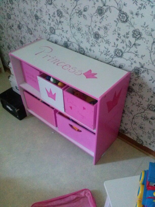 One of the latest projects in the princesses room