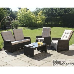 For absolute comfort both outdoors and in the conservatory, add this Maze Rattan Reclining 4 Seater Garden Sofa Set.
