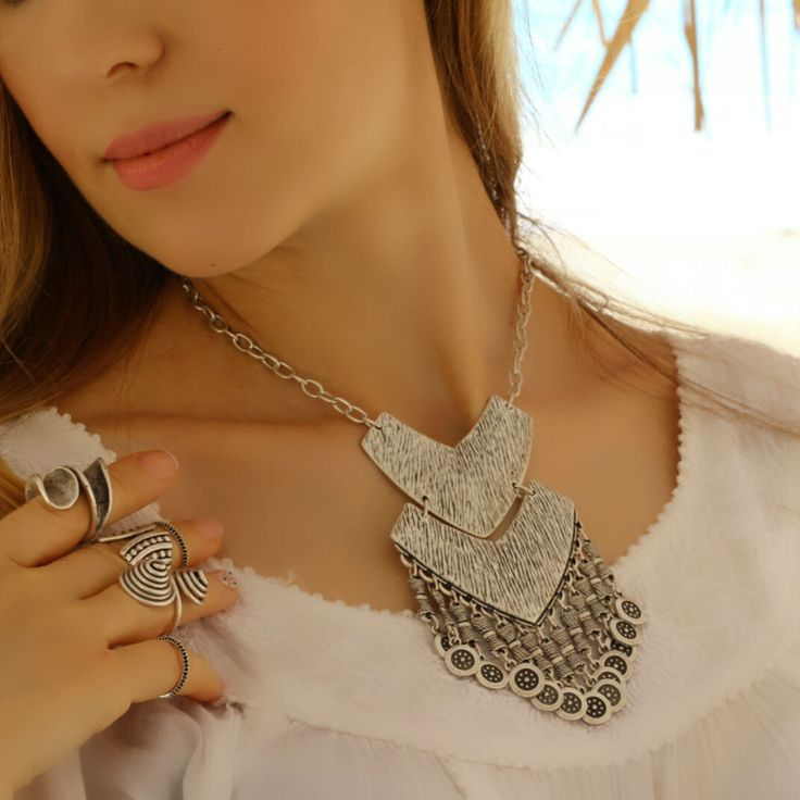 Elegant Antique Silver Vintage Chunky Bohemian Statement Collar Retro Necklace #Takimania #Choker