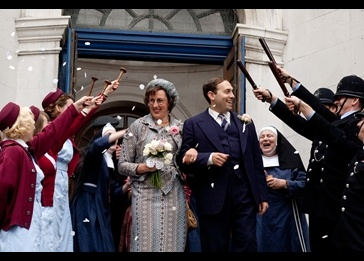 How will Nonnatus House handle the end of a life? Find out on Call the Midwife finale 11/04 at 7 p.m. on #Eight.