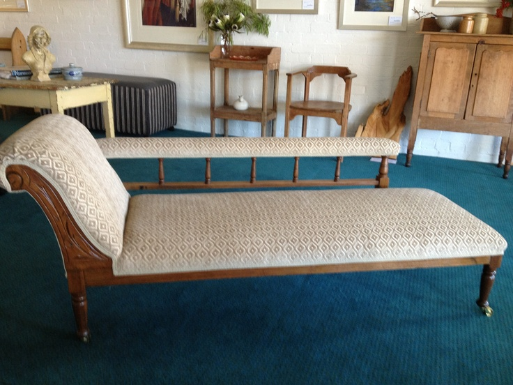 Antique chaise lounge, love it!