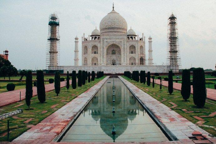 blog-voyage-place-colette-inde-rajasthan-agra-taj-mahal-vue-reflet-merveille-du-monde-architecture