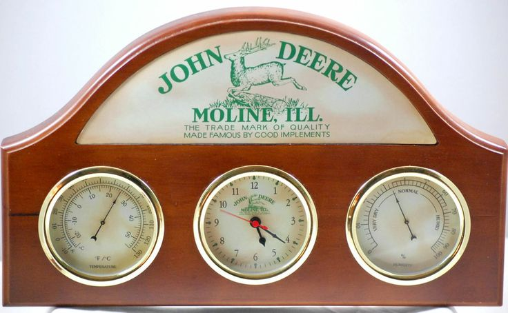 John Deere Wooden Wall Plaque Clock Thermometer Barometer