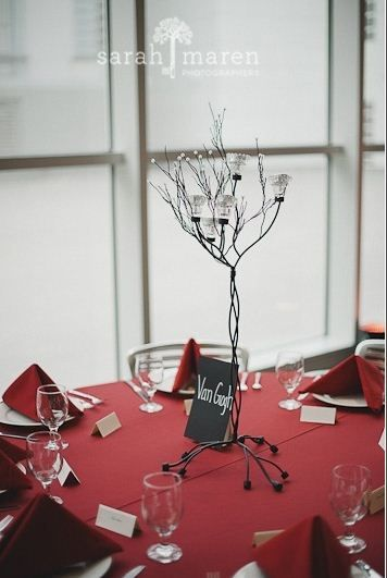Elegant, wintry centerpiece look in the Crocker's Friedman Court. Sarah Maren Photography.Maren Photography, Sarah Maren, Crocker Friedman, Taylors 2012, Friedman Court, Wintry Centerpieces