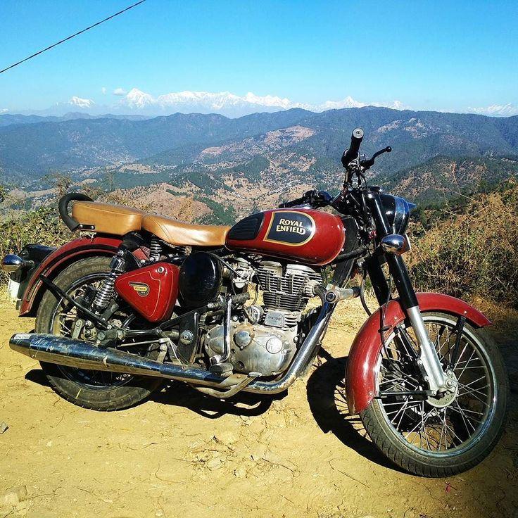 An image can tell your story.  #Kedygraphy #royalenfield #uttarakhand_photography #allaboututtarakhand #uttarakhanddiaries #bulletjournal #bullet #classic350 #ontheroad #bikelife  #MountainLife #instaphoto #instalike #musafirdiary #himalaya #bulletlovers