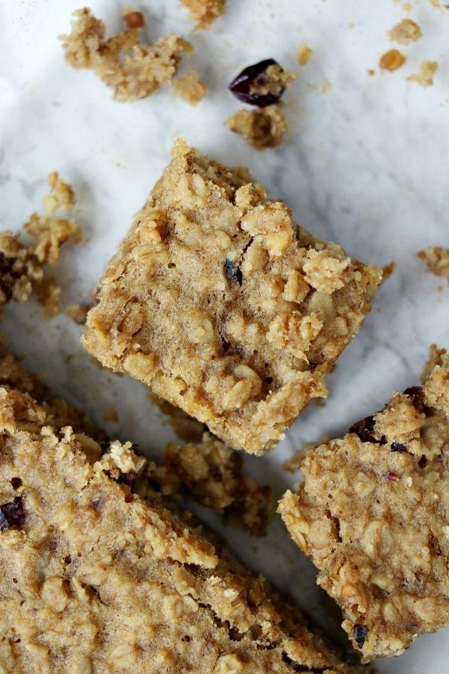 Clean eats: healthy banana and oat breakfast bars- Thirteen Thoughts