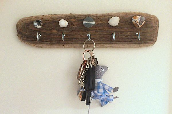 Crafts Made From Driftwood   sew make believe » Tina: Driftwood Key Hooks