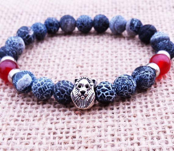 Mens Lion Bracelet, Men Bracelet, Stretch Gemstones Bracelet, Black Agate Bracelet, Cool Men Jewellery, Gift For Him, Wrist Mala #lion #mensbracelets #giftsforhim