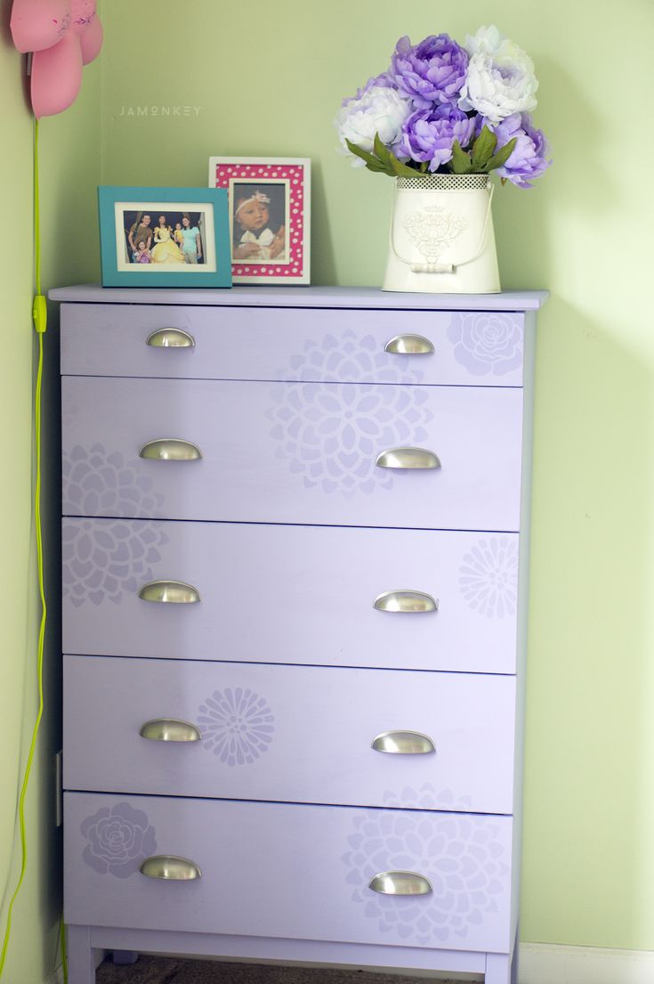 Little girl dresser makeover #31daysofcolor sponsored