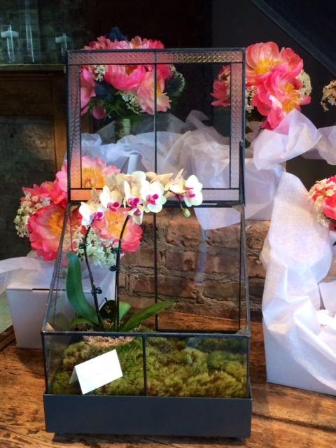 H Potter Terrarium As A Wedding Gift Card Box. Http://www.