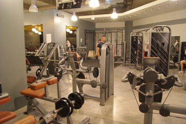 Enfin une salle de sport Avignon à 35euros par mois. Premier sur la zumba, le fitness et la musculation. Ouvert 6h à 23h00.