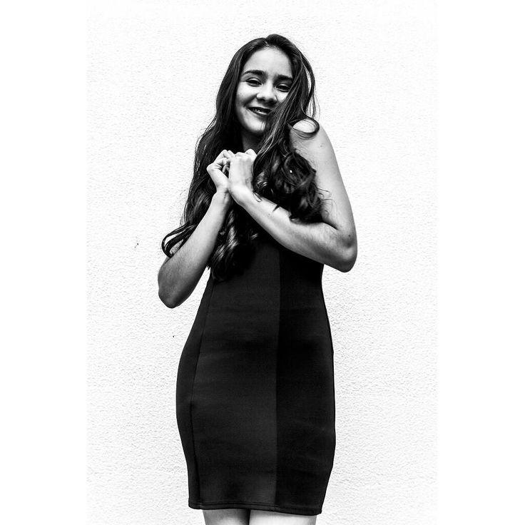Other people.  #15 Geraldine Rojas. #FAMISHED   #500pxrtg  #blackandwhite #bnw #monochrome #socialenvy #shopstemdesigns #instablackandwhite #monoart #insta_bw #bnw_society #bw_lover #bw_photooftheday #photooftheday #bw #instagood #bw_society #bw_crew