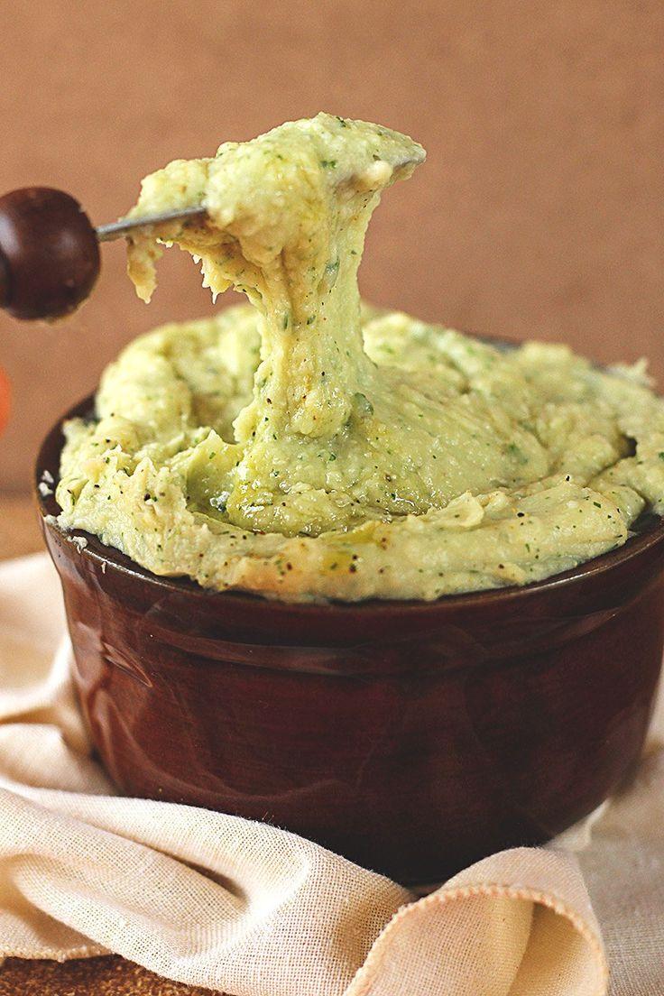 Uma receita de maionese caseira super fácil, versátil e nutritiva. Ainda por cima é vegana, sem glúten e mega saudável. Vem aprender como fazer!