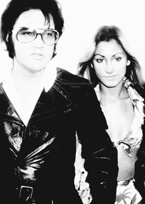 Elvis Presley & his girlfriend Linda Thompson in Los Angeles, CA on May 11, 1974.