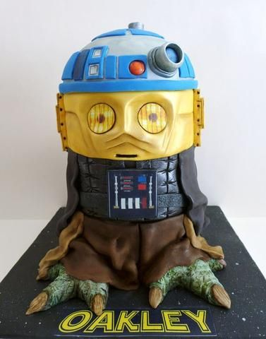Star Wars tier cake - Yoda, R2D2, C3PO, Darth Vader - Star Wars birthday party ideas!
