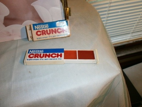 Avon Retro NESTLE CRUNCH Lip Gloss Compact in Box: Vintage Avon, Avon Vintage, Lips Gloss, Crunches Lips, Avon Retro, Retro Nestl, Avon Collection, Nestl Crunches, Nestle Sa