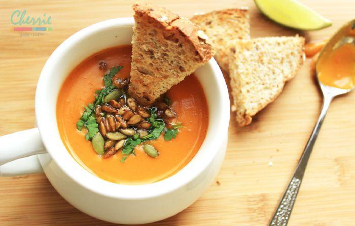 Spicy Thai Butternut Squash Soup
