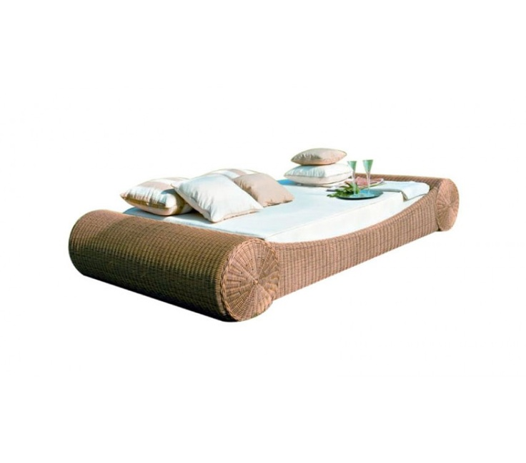 $1,299 Maison Daybed